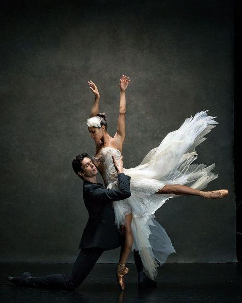 90276acf11bf8f3e2441bc4ad8f7ba78--ballet-ballerinas-misty-copeland-ballet