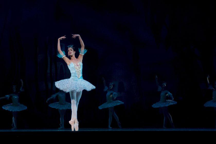 balance-ballerina-ballet-46158