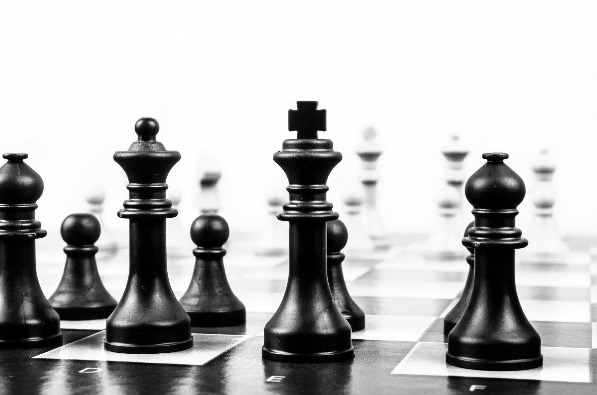 black-and-white-board-game-chess-40796