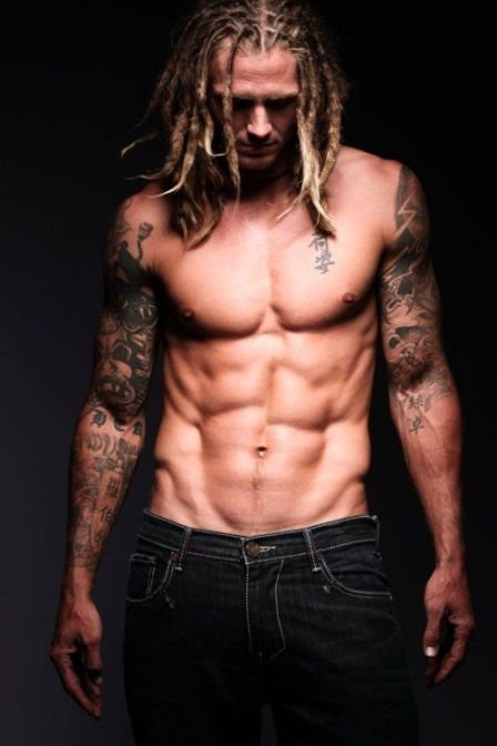 35fd9e9e038338c556aec04d8d7376d6--sexy-tattooed-men-tattooed-boys