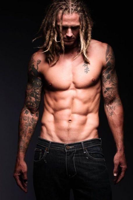 35fd9e9e038338c556aec04d8d7376d6--sexy-tattooed-men-tattooed-boys