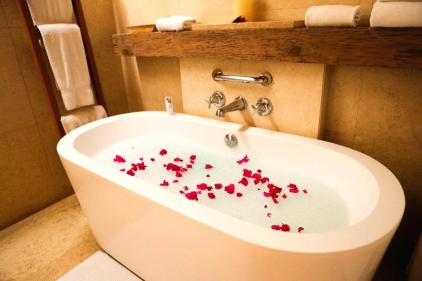 jacuzzi-bubble-bath-photo-3-of-full-image-for-gorgeous-bathtub-bunnies-bubble-bath-bathtub-bubble-bath-jacuzzi-safe-bubble-bath