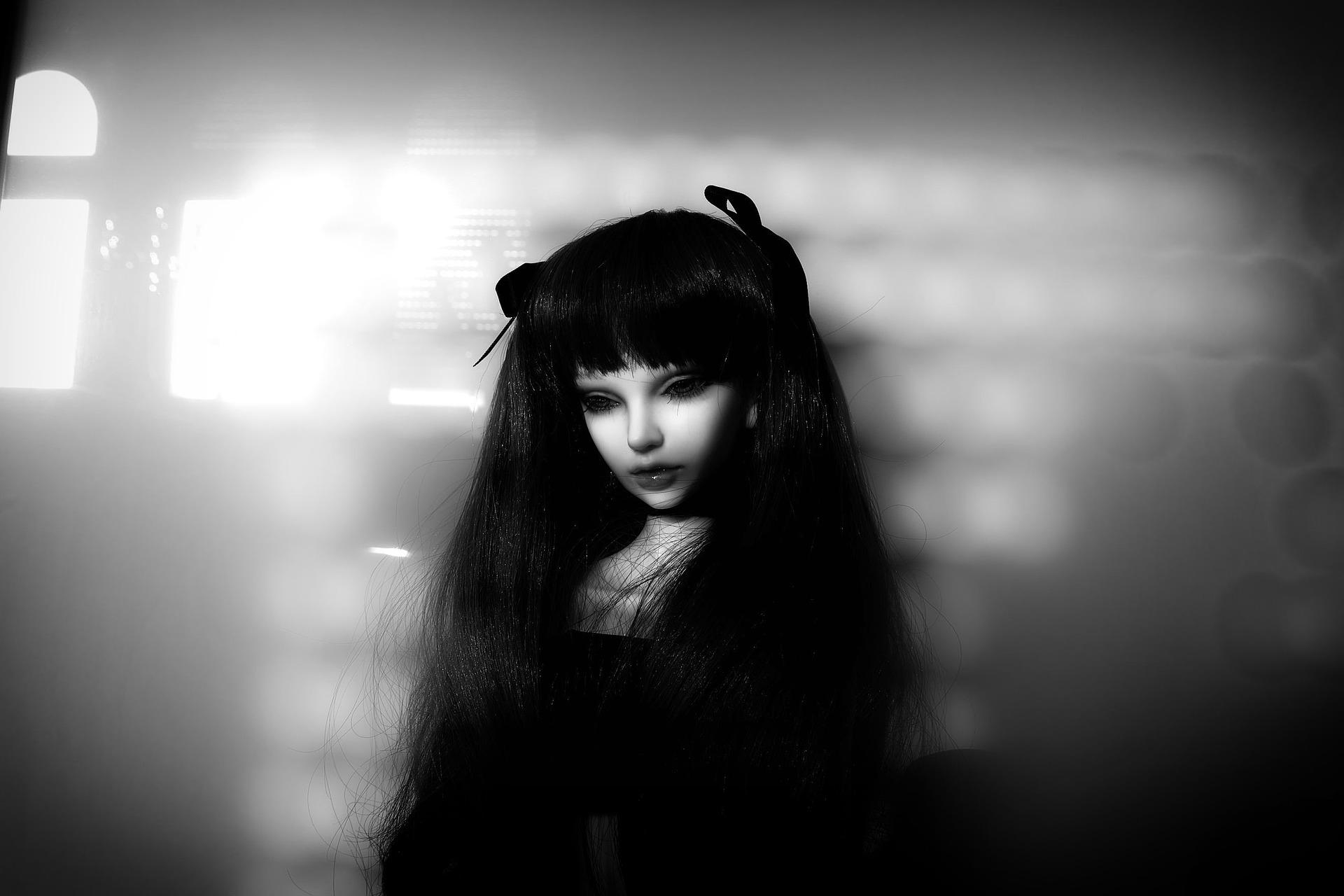 doll-1083818_1920