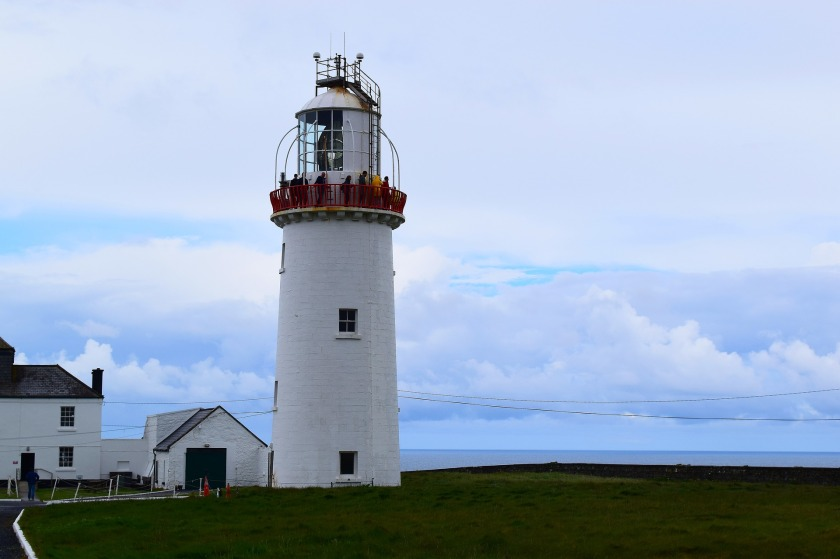 lighthouse-4278121_1920