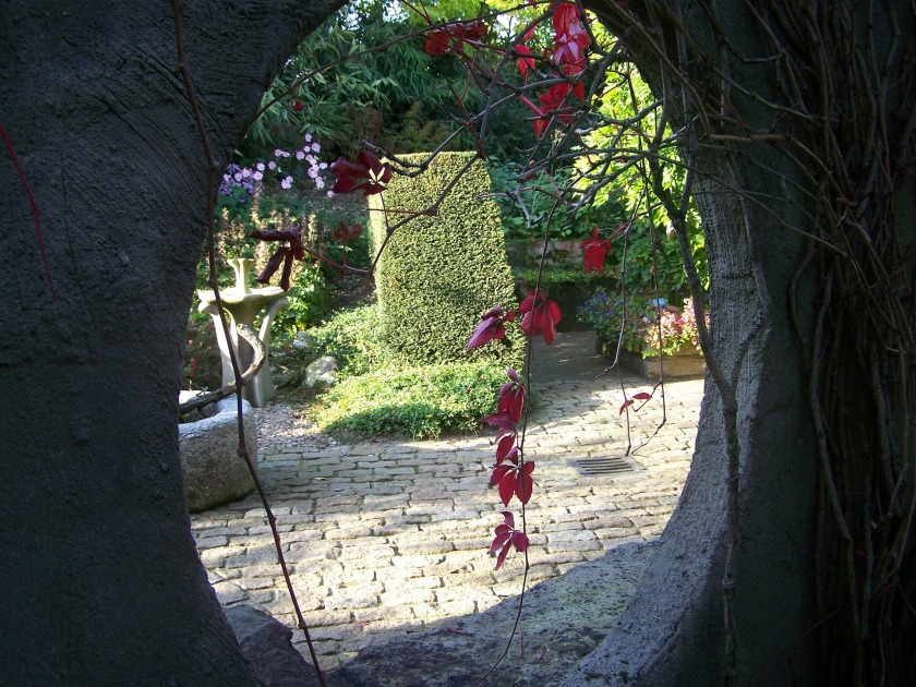 passage way into a garden