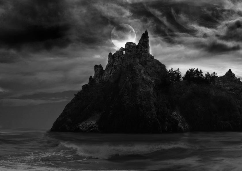 spooky-island-2749262_1920