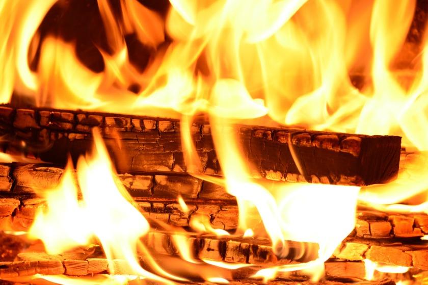 fire-227291_1920